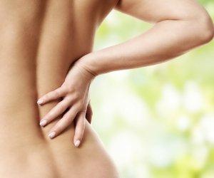 Wirbelsäulentherapie nach Dorn bei schmerzendem Rücken