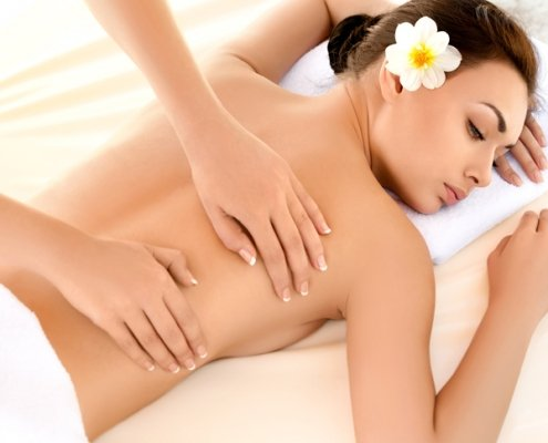 Hawaiianische Lomi-Lomi-Nui Massage