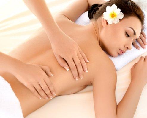 Hawaiianische Lomi-Lomi-Nui Massage